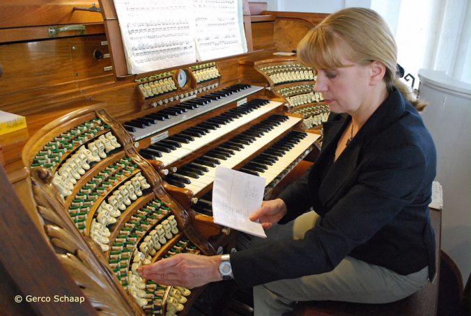 Zsuzsa Elekes Zomeravond orgelbespeling